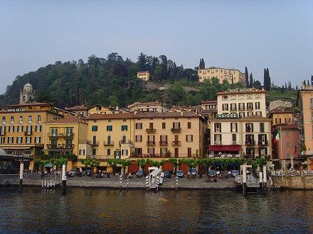 Bellagio von der Fähre nach Cadenabbia aus gesehen